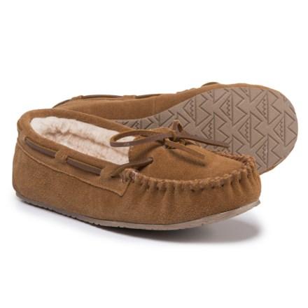 92b08fb553e9 Minnetonka Moccasin Allie Junior Trapper Slippers (For Women) in Cinnamon -  Closeouts