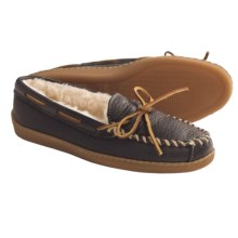Minnetonka Moccasin Boat Moc Shoes - Leather, Faux-Fur Lined (For Women) in Black - Closeouts
