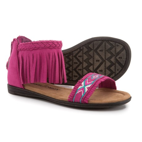 Minnetonka Moccasin Coco Sandals (For Girls) in Hot Pink