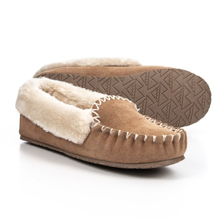 db9bcf5232a7 Minnetonka Moccasin Sonia Slippers - Suede (For Women) in Cinnamon -  Closeouts