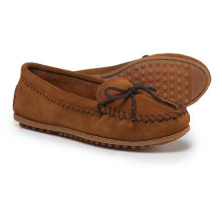 Minnetonka Skimmer Moccasins - Suede (For Women) in Brown - Closeouts