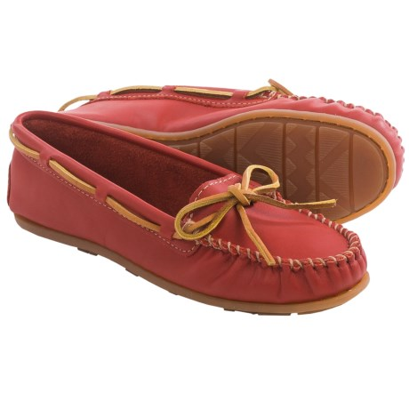 Minnetonka Smooth Leather Moccasins Slip Ons (For Women)
