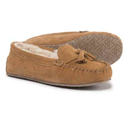 Minnetonka Terri Tassel Venetian Slippers - Suede (For Women) in Cinnamon - Closeouts