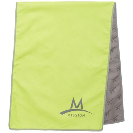 Mission EnduraCool® Microfiber Towel - UPF 50+ in Hi Vis Green