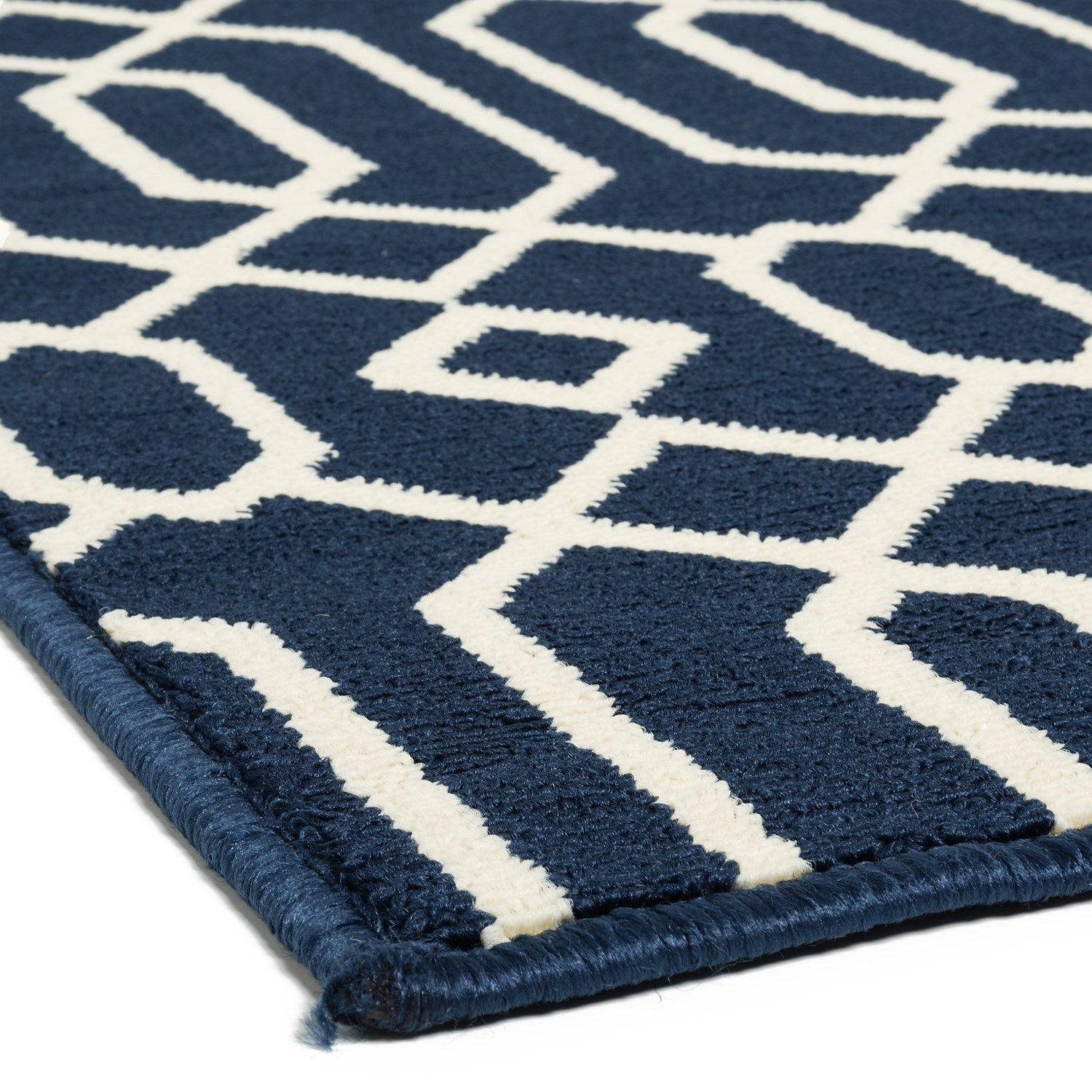Momeni Geometric Collection Indoor Outdoor Area Rug 7'10