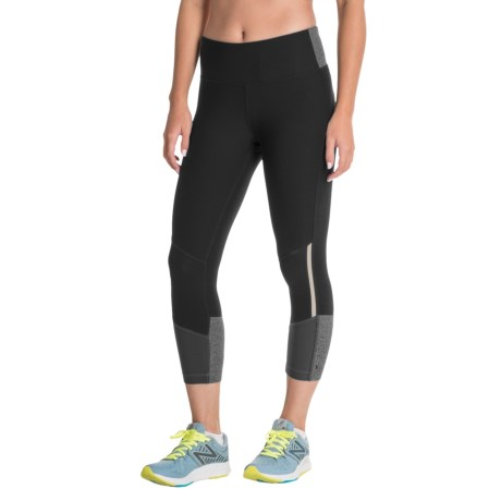 Mondetta Color-Block Capris (For Women) in Black/Charcoal