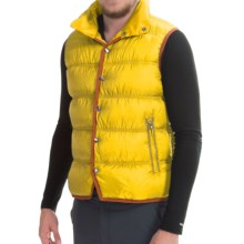 Mountain Force Troy Down Vest - 800 Fill Power, Snap Front (For Men) in Sulphur - Closeouts