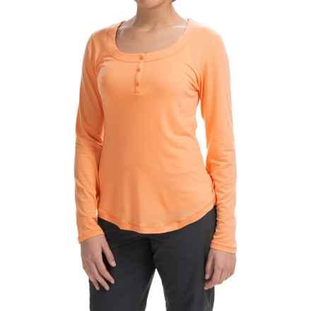 Mountain Hardware Dryspun Henley Shirt - Scoop Neck, Long Sleeve (For Women) in Peach - Closeouts