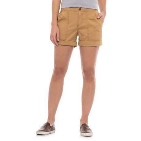 Mountain Hardwear AP Scrambler Shorts (For Women) in Buck