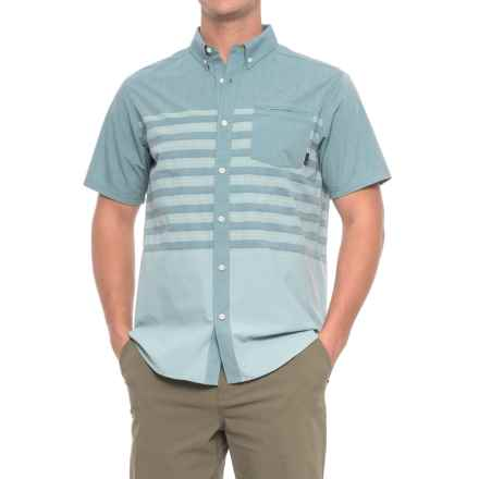 Mountain Hardwear Axton AC Shirt - UPF 30, Short Sleeve (For Men) in Cloudburst - Closeouts
