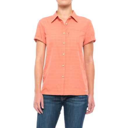 Mountain Hardwear Canyon AC Shirt - Short Sleeve (For Women) in Caliente - Closeouts