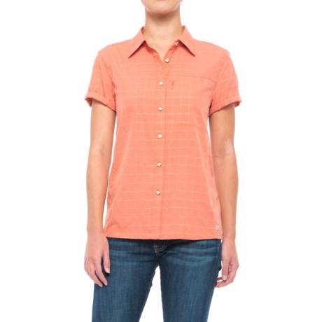 Mountain Hardwear Canyon AC Shirt - Short Sleeve (For Women) in Caliente