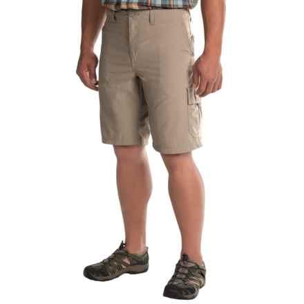 Mountain Hardwear Castil Cargo Shorts (For Men) in Khaki - Closeouts
