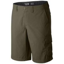 Mountain Hardwear Castil Cargo Shorts (For Men) in Peatmoss - Closeouts