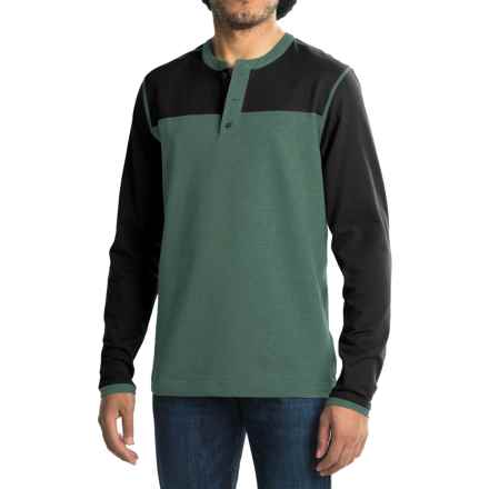 Mountain Hardwear Cragger Henley Shirt - Long Sleeve (For Men) in Thunderhead Grey - Closeouts