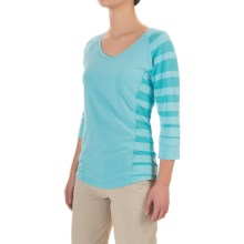 Mountain Hardwear DrySpun Burnout Shirt - UPF 25, Elbow Sleeve (For Women) in Atoll - Closeouts