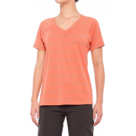 Mountain Hardwear Dryspun T-Shirt - UPF 30, V-Neck, Short Sleeve (For Women) in Caliente