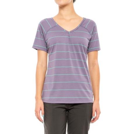 Mountain Hardwear Dryspun T-Shirt - UPF 30, V-Neck, Short Sleeve (For Women) in Minky