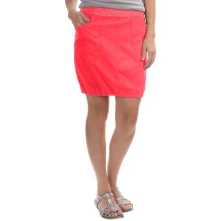 Mountain Hardwear Dynama Skirt (For Women) in Red Hibiscus - Closeouts