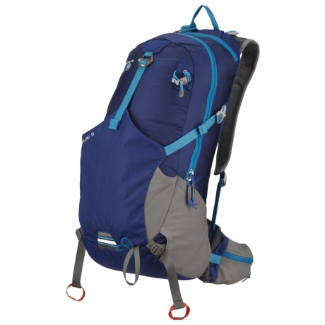 Mountain Hardwear Fluid 18 Backpack in Crimson