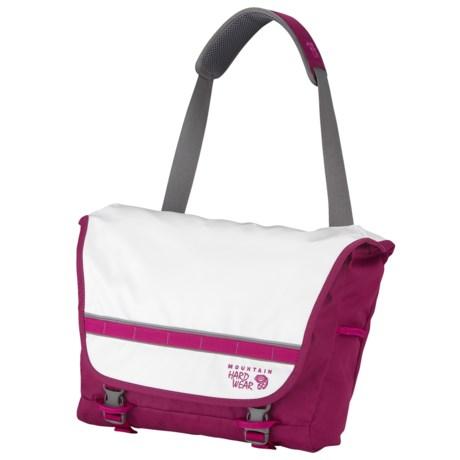 Mountain Hardwear Hilo Messenger Bag in Berry Soda