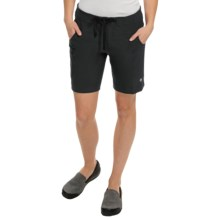 Mountain Hardwear Kofa Shorts (For Women) in Black - Closeouts