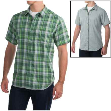 Mountain Hardwear McClatchy Reversible Shirt - Short Sleeve (For Men) in Cyber Green - Closeouts