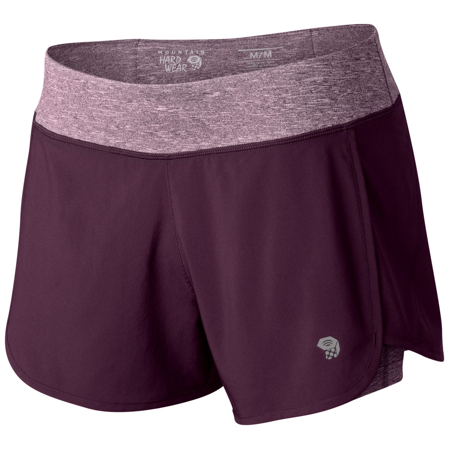 Active stretch: The 2-in-1 shorts features a lightweight stretch woven outer, for full range of motion, and built-in inner shorts providing a locked-in feel for ultimate comfort and security.