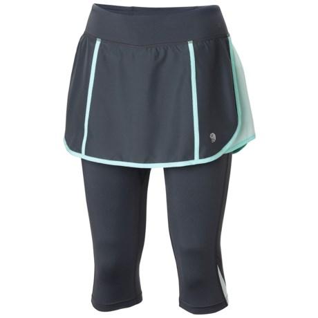Mountain Hardwear Pacer 2-in-1 Skeggin Running Skort (For Women) in Graphite/Candy Mint