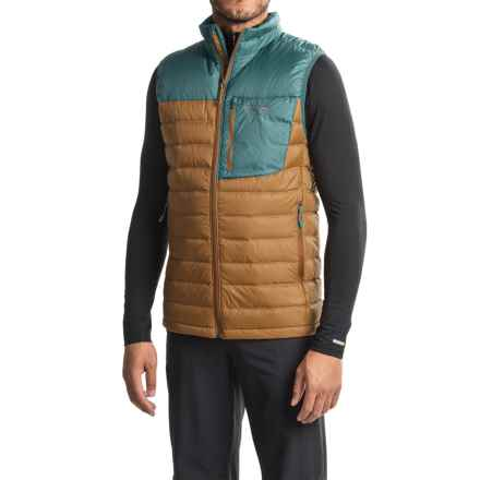 Mountain Hardwear Q.Shield® Dynotherm Down Vest - 650 Fill Power, Full Zip (For Men) in Golden Brown/Cloudburst - Closeouts