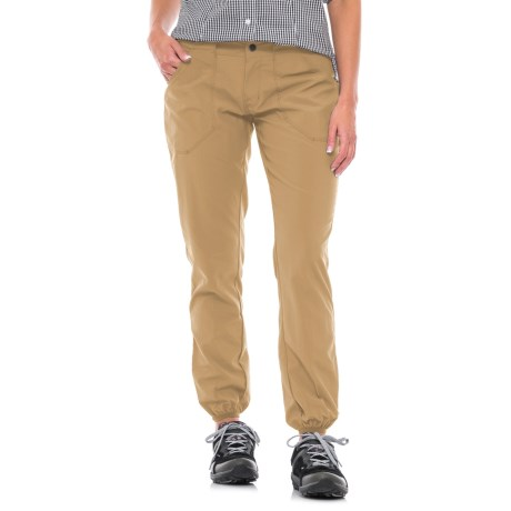 Mountain Hardwear Ramesa Scout Pants - UPF 50 (For Women) in Sandstorm