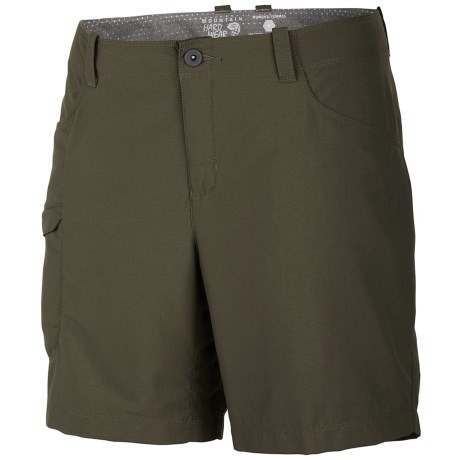 Mountain Hardwear Ramesa V2 Shorts - UPF 50 (For Women) in Peat Moss