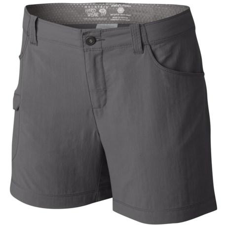 Mountain Hardwear Ramesa V2 Shorts - UPF 50 (For Women) in Titanium
