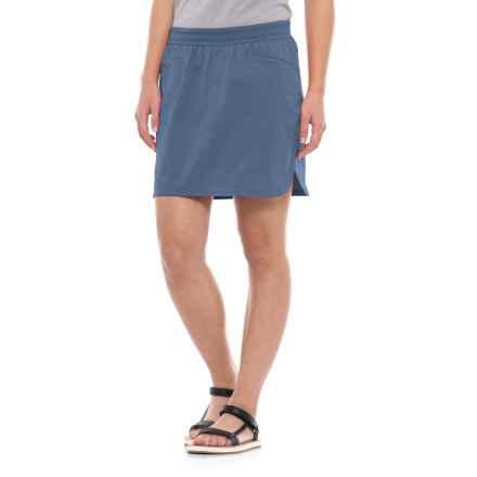 Mountain Hardwear Right Bank Skirt - UPF 50 (For Women) in Zinc - Closeouts