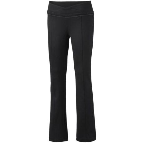 Mountain Hardwear Roga Butter Pants - UPF 50 (For Women) in Black/Ruby