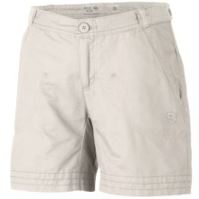 Mountain Hardwear Sandhills Shorts - Organic Cotton-Hemp (For Women) in Sea Salt - Closeouts