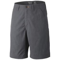 Mountain Hardwear Setter Shorts - UPF 50 (For Men) in Graphite