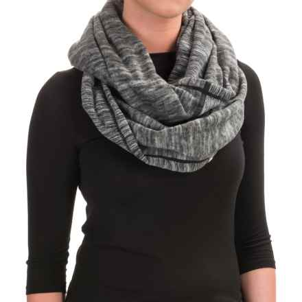 Mountain Hardwear Snowpass Infinity Scarf (For Women) in Heather Black - Closeouts