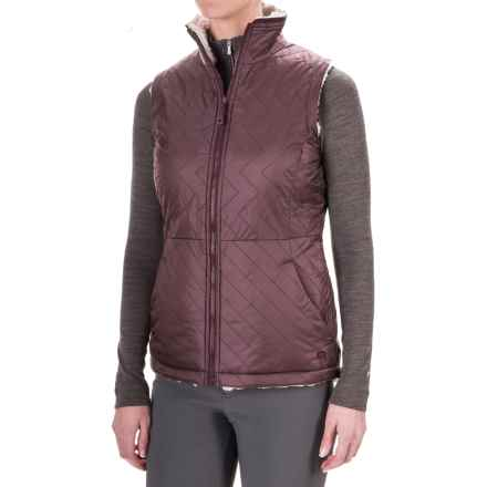 Mountain Hardwear Switch Flip Reversible Vest (For Women) in Purple Plum/Stone - Closeouts