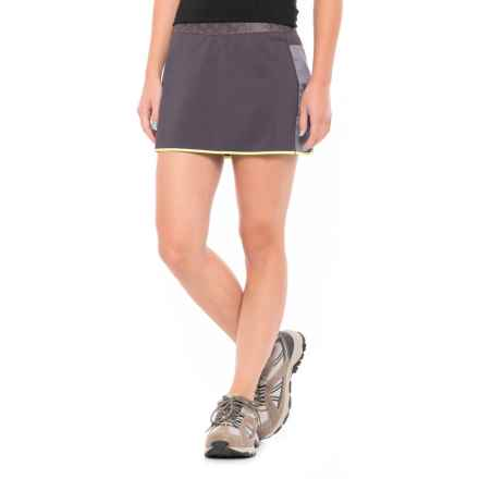 Mountain Hardwear Synergist Skort - UPF 50 (For Women) in Blurple - Closeouts
