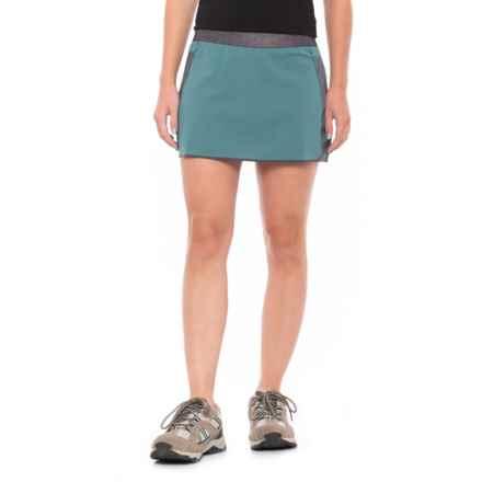 Mountain Hardwear Synergist Skort - UPF 50 (For Women) in Cloudburst - Closeouts