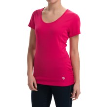 Mountain Hardwear Timica Shirt - Short Sleeve (For Women) in Bright Rose - Closeouts
