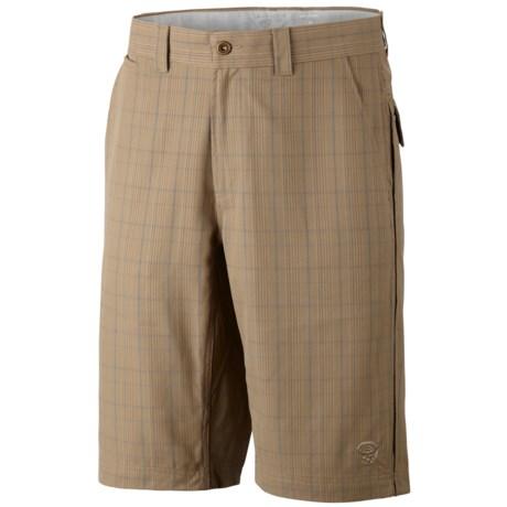 Mountain Hardwear Trotter Trunk Shorts - UPF 30 (For Men) in Bone