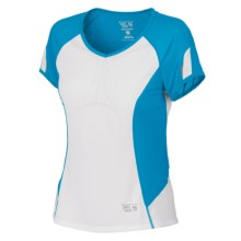 Mountain Hardwear Way2Cool Shirt - Short Sleeve (For Women) in Skybox - Closeouts