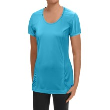 Mountain Hardwear Wicked Lite T-Shirt - UPF15, Short Sleeve (For Women) in Atoll - Closeouts