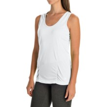 Mountain Hardwear Wicked Lite Tank Top - UPF 15 (For Women) in White - Closeouts