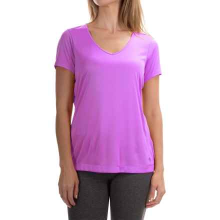 Mountain Hardwear Wicked T-Shirt - Short Sleeve (For Women) in Foxglove - Closeouts