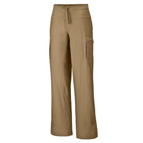 Mountain Hardwear Yuma Pants - UPF 50 (For Women) in Dune