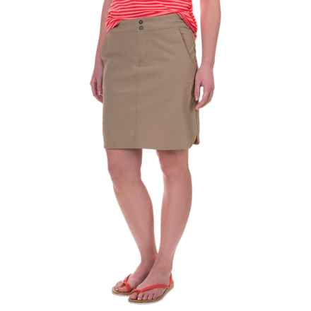 Mountain Hardwear Yuma Skirt - UPF 50 (For Women) in Khaki - Closeouts