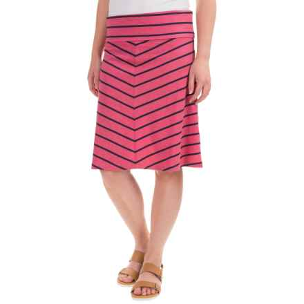Mountain Khakis Cora Skirt - Classic Fit (For Women) in Sangria - Closeouts